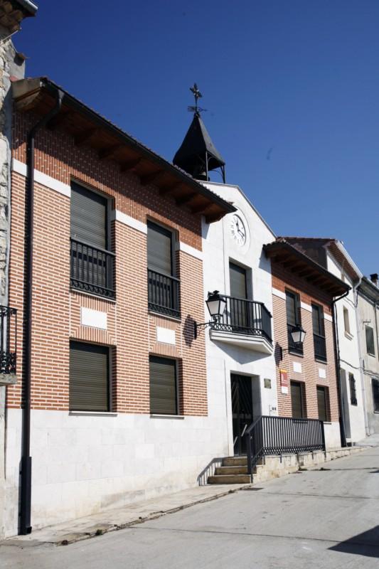 Hermedes de Cerrato Ayuntamiento